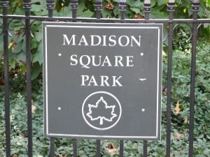Madison_Square_Park_sign